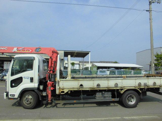 ロゴの入った当社のトラック画像